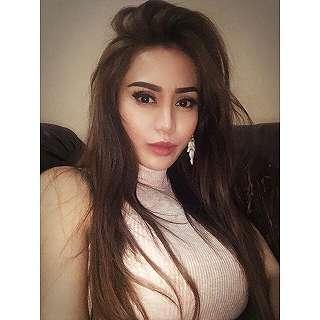 Vicky Zainal Foto Foto Selfie Cantik Terbaru