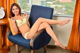 Full Foto Hot Oktavia Electra Model Cantik Seksi Popular Magazine