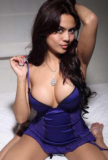 Hot Lingerie Anggita Sari, Model Artis PSK Online