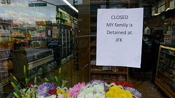 Protes Trump, ratusan toko kelontong di New York tutup