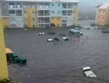 Badai mematikan mengancam Puerto Riko dan sekitarnya