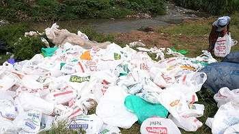 Jika ketahuan pakai kantong plastik, warga Kenya bakal dipenjara empat tahun