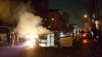 Unjuk rasa Iran, 10 orang tewas menurut stasiun TV pemerintah