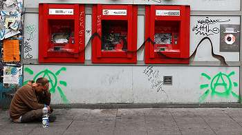 Selembar kertas selamatkan pria AS yang terjebak di dalam ATM