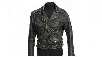 Jaket Patrick Swayze dalam film Dirty Dancing terjual RP833 juta