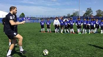 Anak-anak Thailand selatan: Dari daerah konflik ke lapangan bola Inggris