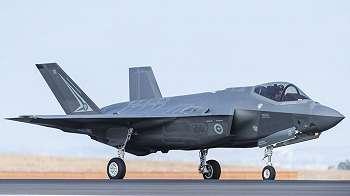 Data jet tempur dan Angkatan Laut Australia diretas
