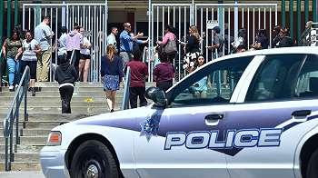 Penembakan di sekolah AS, tiga tewas