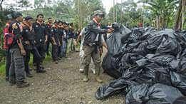 Memutus siklus sampah di gunung dan taman nasional Indonesia