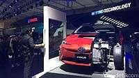 Berapa Perbedaan Harga Mobil Konvensional dan Hybrid?