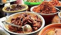 Ngabuburit Cari Takjil di Pasar Benhil, Ini Aneka Pilihannya