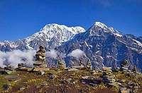 Fenomena Batu Bersusun Juga Ada di Papua dan Himalaya