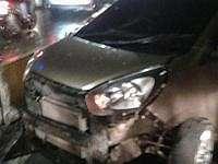 Sebuah Mobil Alami Kecelakaan di Depan RS Dharmais Jakbar