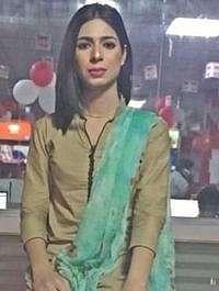 Ini Marvia Malik, Presenter Berita Transgender Pertama di Pakistan