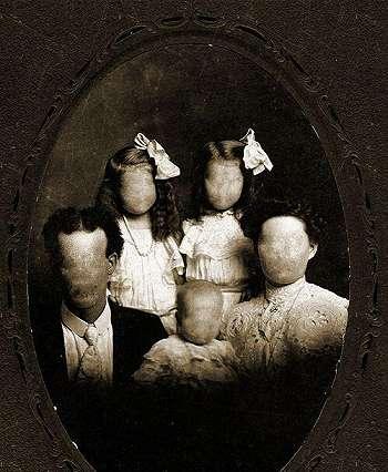 Tau Rumah Horror dan Hantu Keluarga Tak Kasat Mata? Kisah di Baliknya Sangat Mencengangkan!