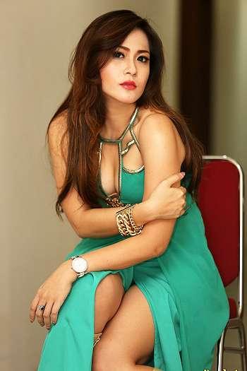 Foto Sexy Nabila Gomez Terbaru