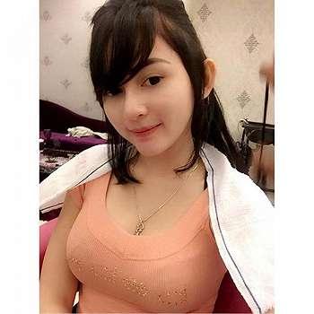 Foto Selfie Winny Putri Lubis Terbaru