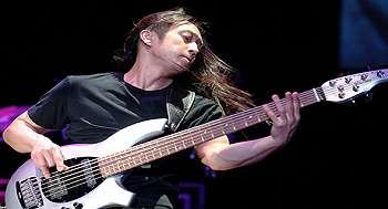 10 Pemain Bass Top Sepanjang Masa