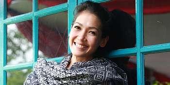 Ngedance di HUT RCTI Ke-28, Mieke Amalia Berlagak Nggak Tahu Malu