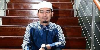 Ditahan di Bandara Changi, Ustaz Solmed Ditanya Facebook  Sosmed