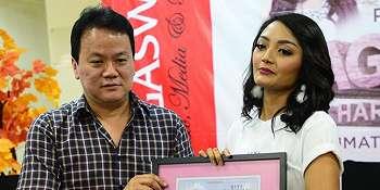 Rilis Lagu Baru, Siti Badriah Ungkap Perjuangan Syuting di Pantai