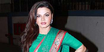 Video Hot Aktris Bollywood Viral di Medsos, Netizen India Geger