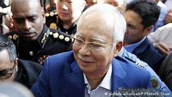 Mantan PM Najib Razak Resmi Ditahan KPK Malaysia