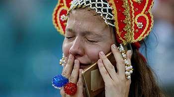 Galeri foto: Ratapan rakyat Rusia usai drama adu penalti yang menyesakkan itu