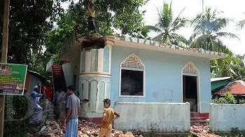Sri Lanka: Umat Muslim hancurkan masjid yang dipakai terduga pelaku teror, dapatkah radikalisme diperangi dengan meratakan tempat ibadah?