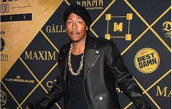Nick Cannon Rela Melelang Sepatu Berlian Seharga Rp26 Milyar untuk Amal