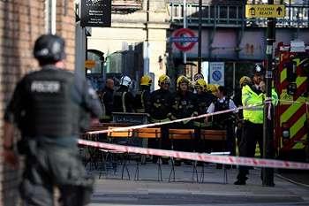 Polisi Tangkap Tersangka Kedua Serangan Bom di Stasiun Parsons Green