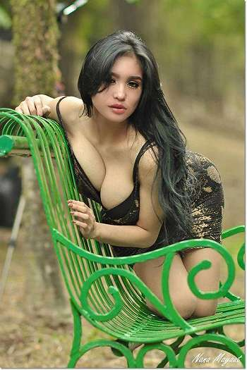 Foto Model Hot Bibie Julius