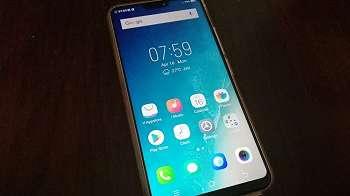 Review Vivo V9, Ponsel Cantik dengan Layar Penuh