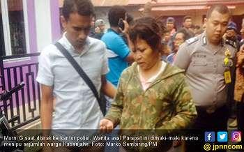 Perempuan Penipu Ulung Ini Akhirnya Diarak ke Kantor Polisi
