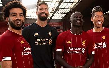 Liverpool Luncurkan Seragam Perang untuk Musim Depan