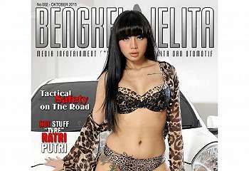 Bee Viona Pesona Model Sexy Di Bengkel Jelita