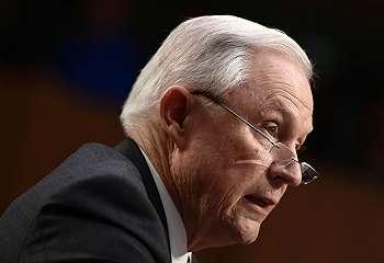 Jaksa Agung AS bantah pertemuan rahasia dengan Rusia