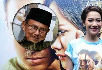 Nonton Film 'SURAT KECIL UNTUK TUHAN', BJ Habibie: World Class!